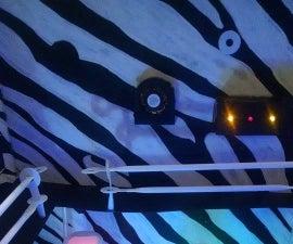 Antro diseñado con Strawbees y Arduino controlado desde un dispositivo Android