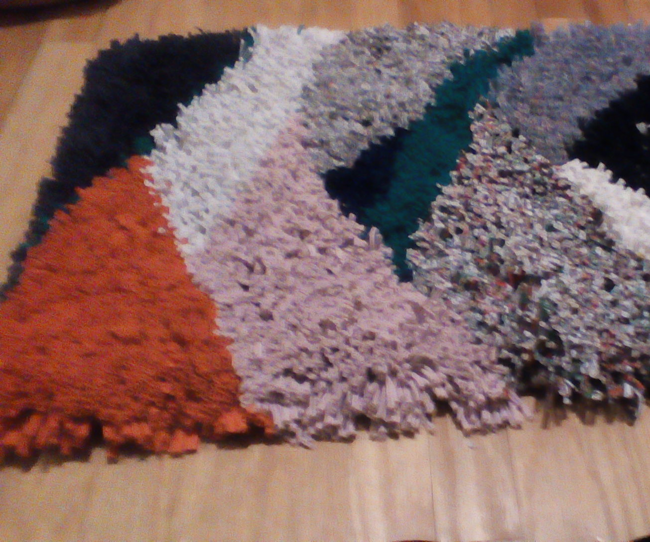 T Shirt Latch Hook Rug 6 Steps With Pictures Instructables