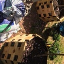 Cedar Chain Link Planter Box