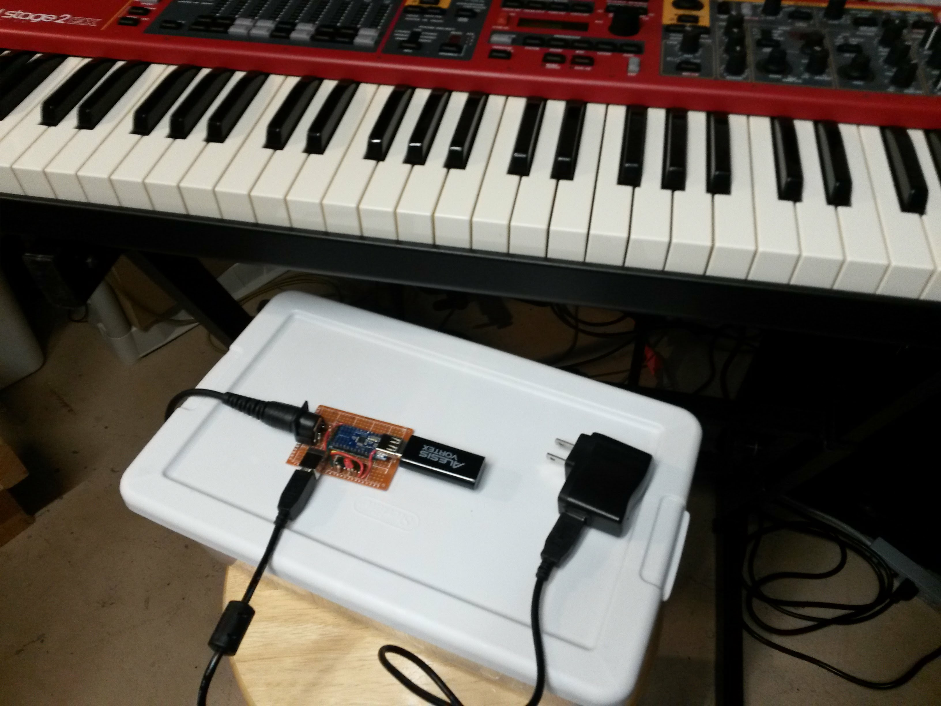 Picture of Arduino USB to Legacy MIDI Converter