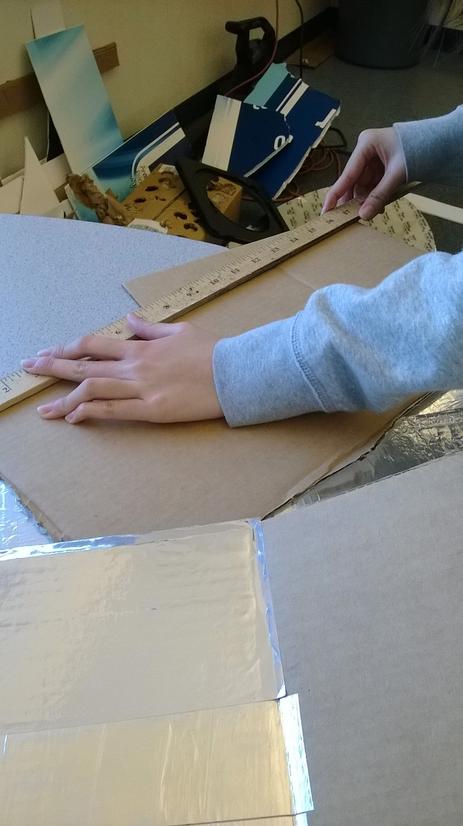 Picture of Process of Making the Box Cooker