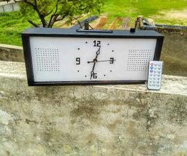 TABLE CLOCK PLUS BOOMBOX.