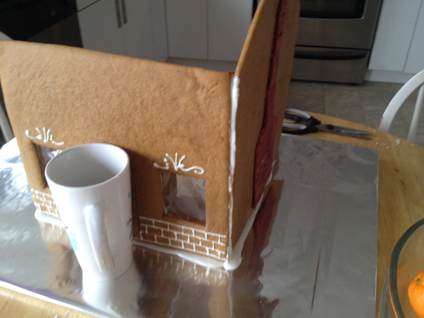 Picture of Building Your Gingerbread House