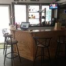 Do-It-Yourself Oak Bar Build