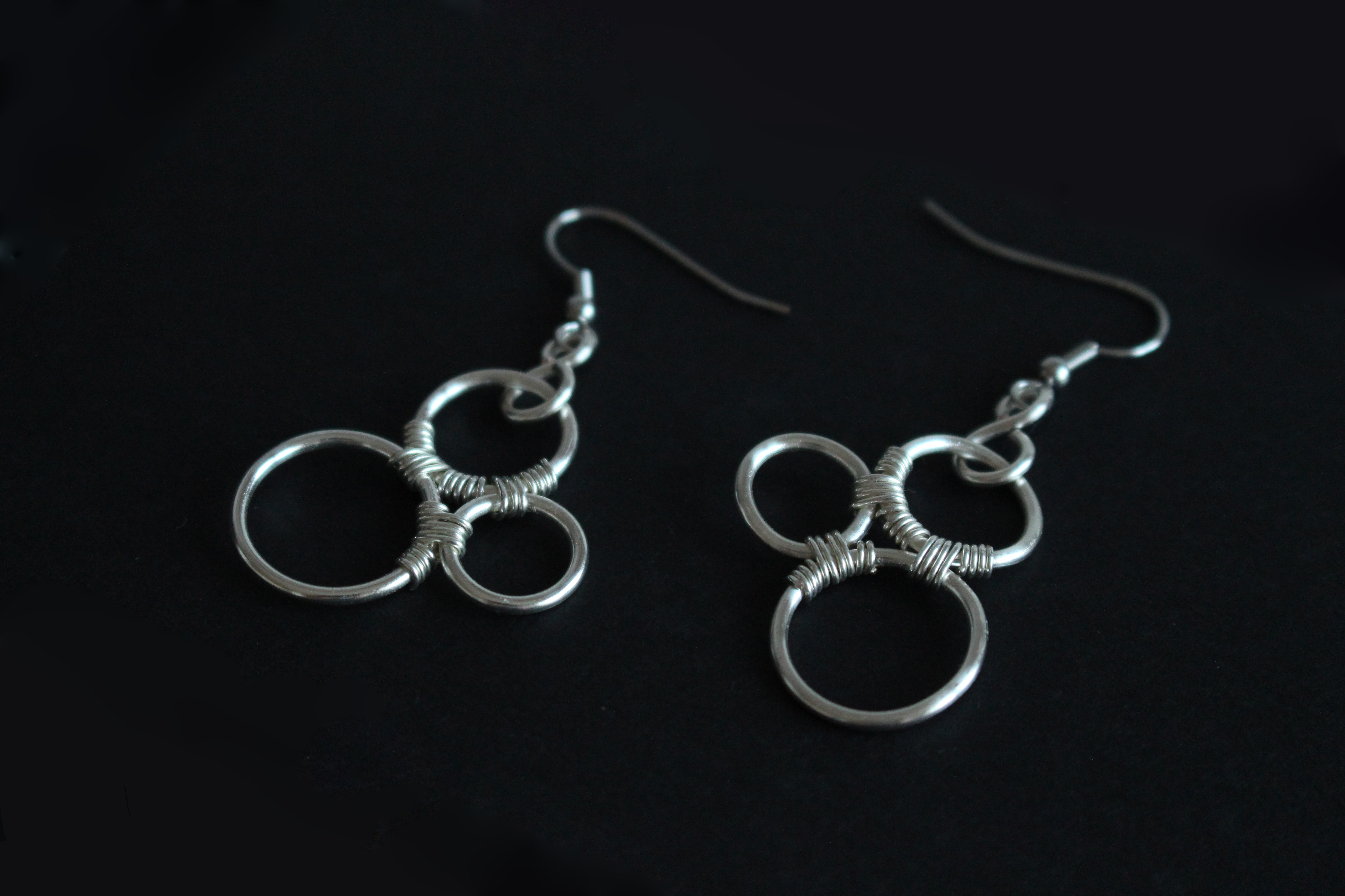 Picture of Triple Circle Wire Earrings
