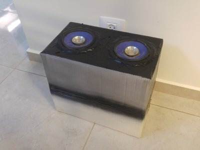 Cardboard Box Bluetooth Speaker