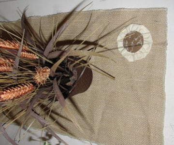 How to Make a Shabby Chic Burlap Table Runner With Rosettes