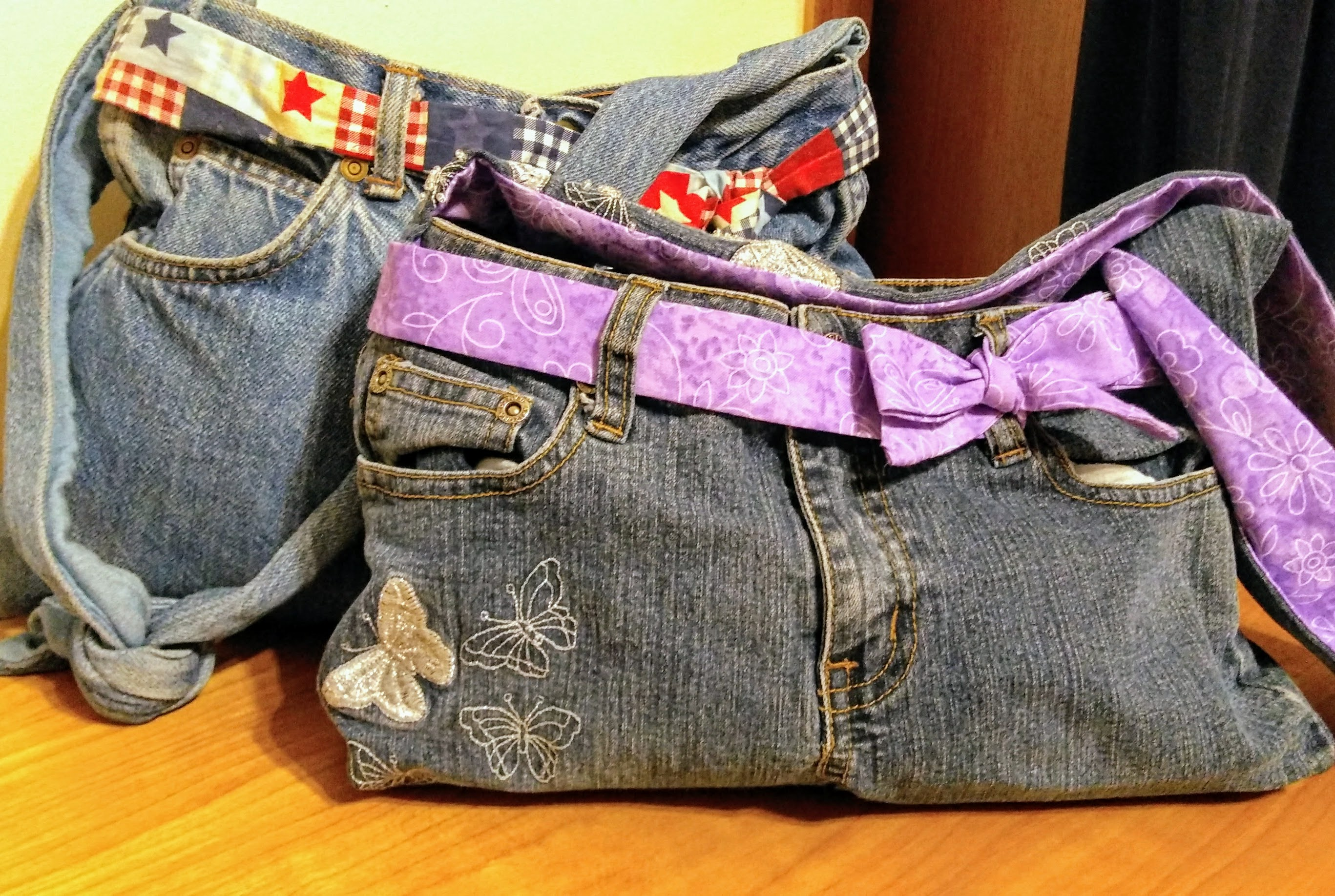Picture of Make a Purse From an Old Pair of Jeans