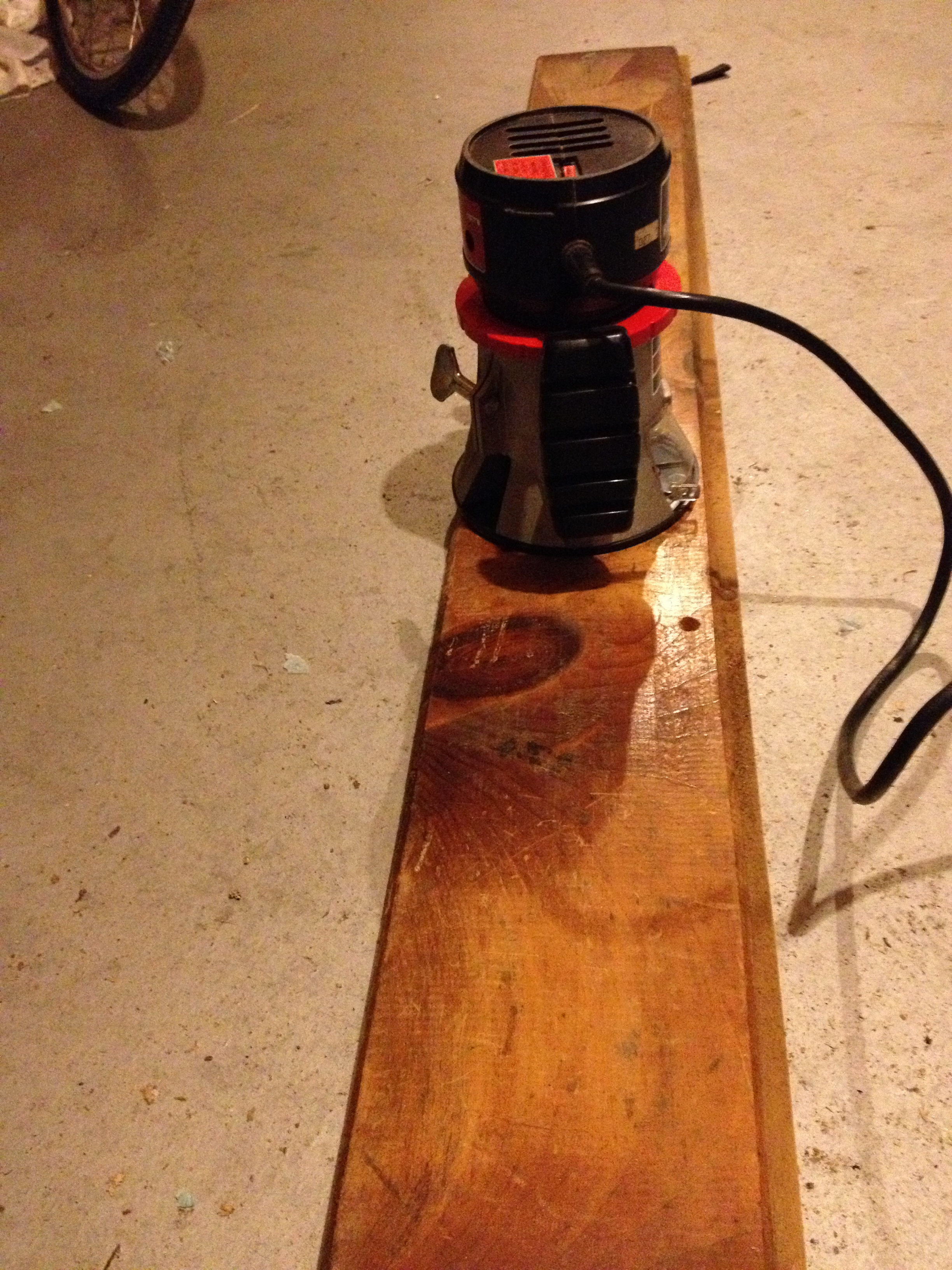 Picture of Jig for Surfacing With a Router