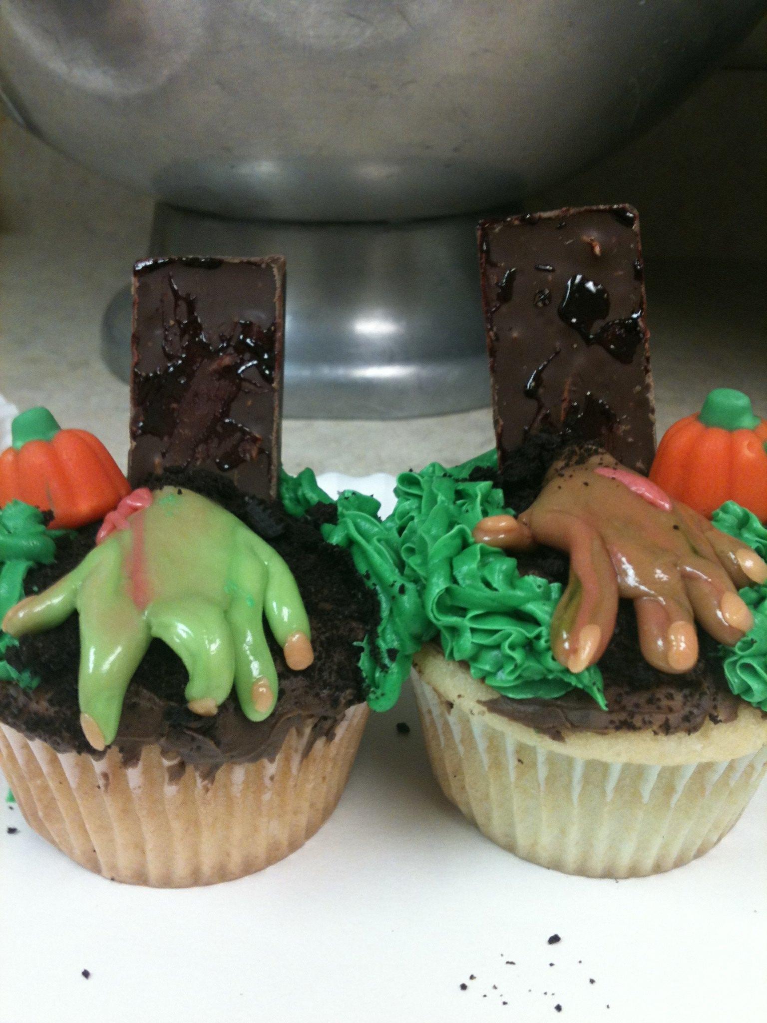 Picture of Gravestone Cupcakes
