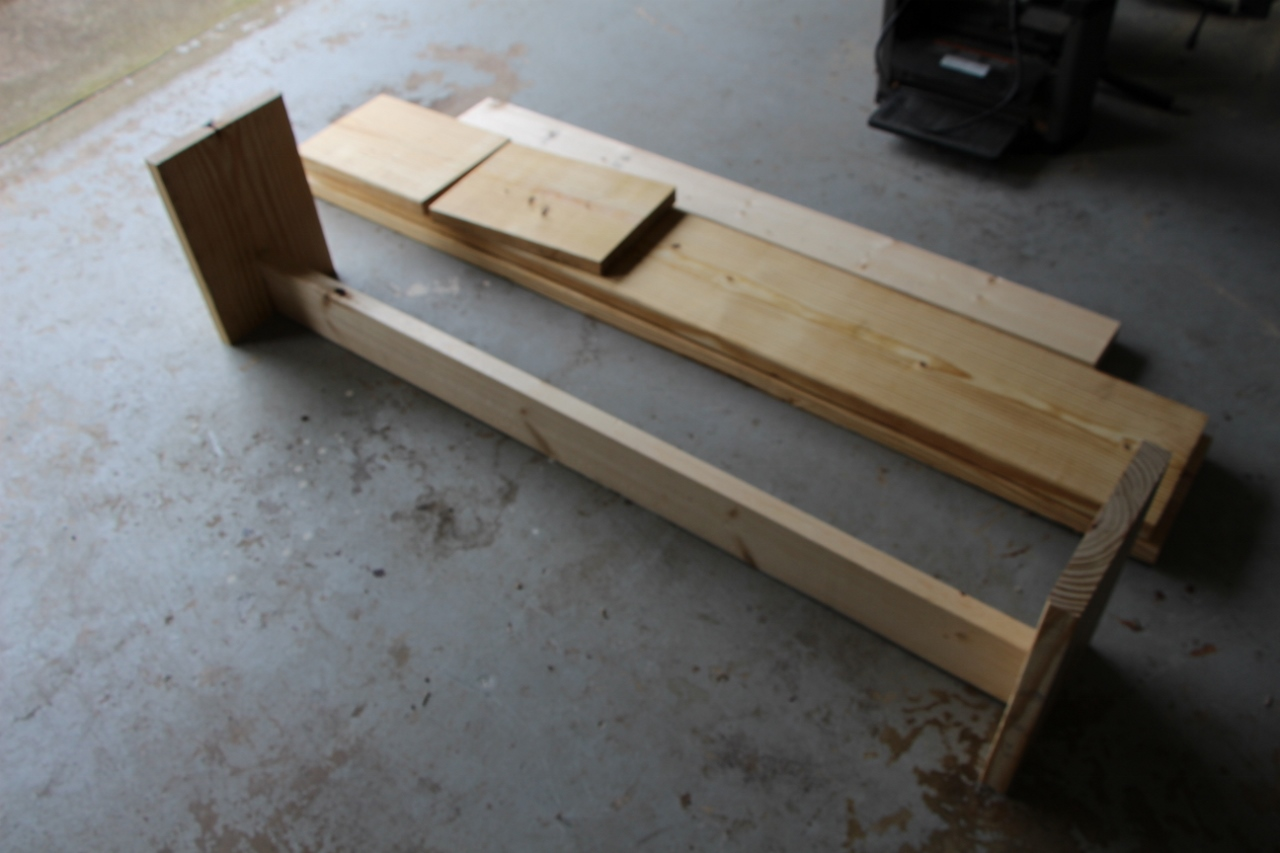 Picture of Mount the Legs to the Braces