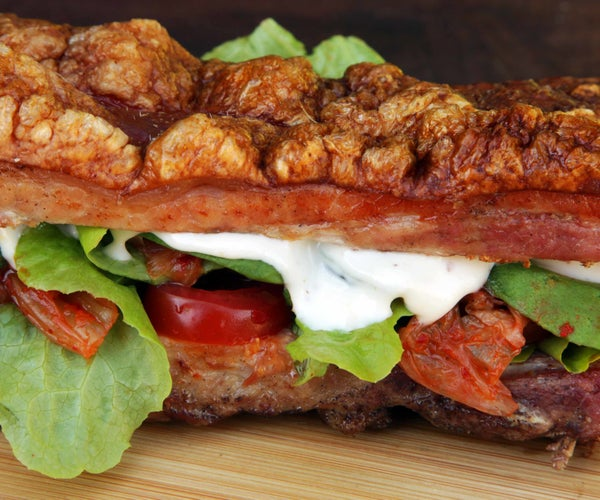 How to Cook a Bunless Pork Belly Sandwich