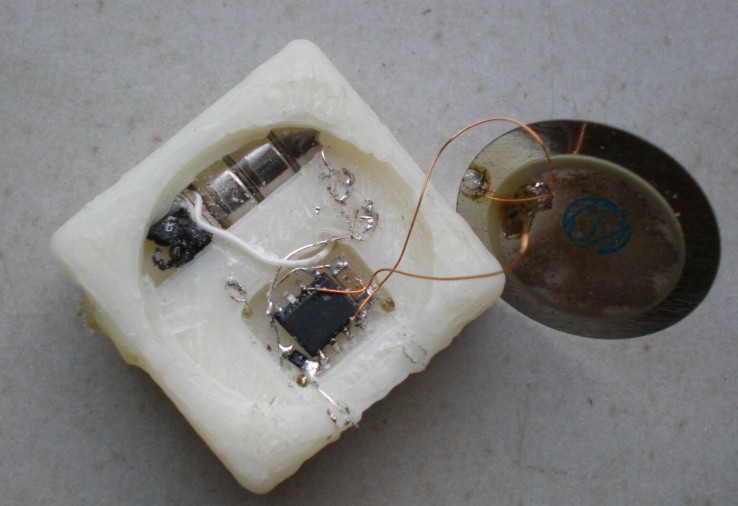 Picture of Connecting the Electronics.