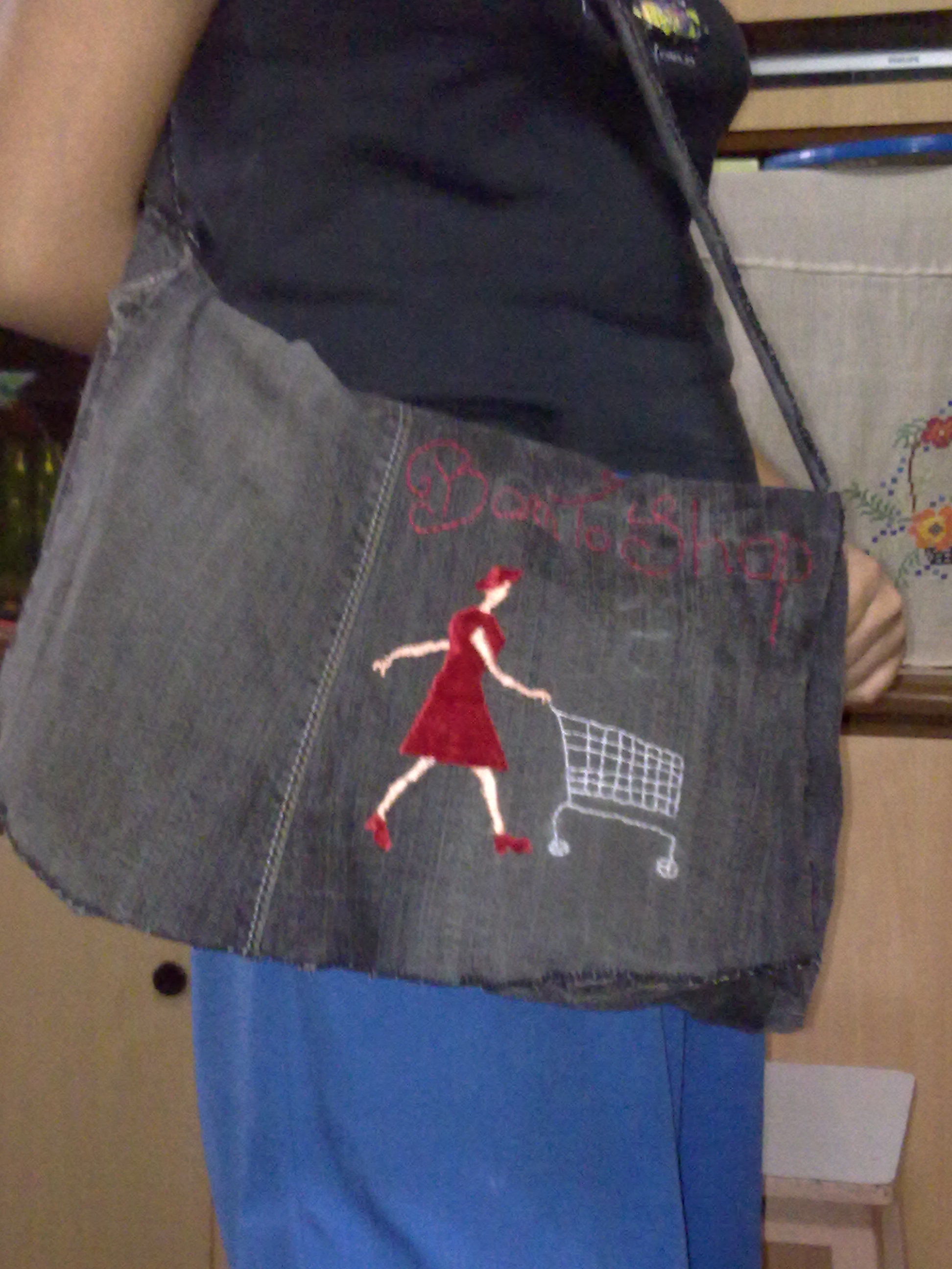 Picture of Turn Old Jeans Into a Bag