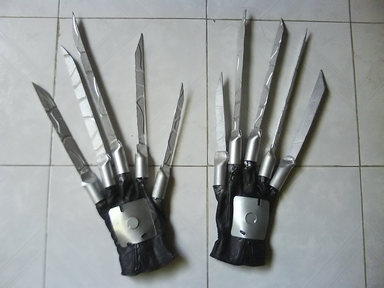 Picture of Making the Scissorhands.