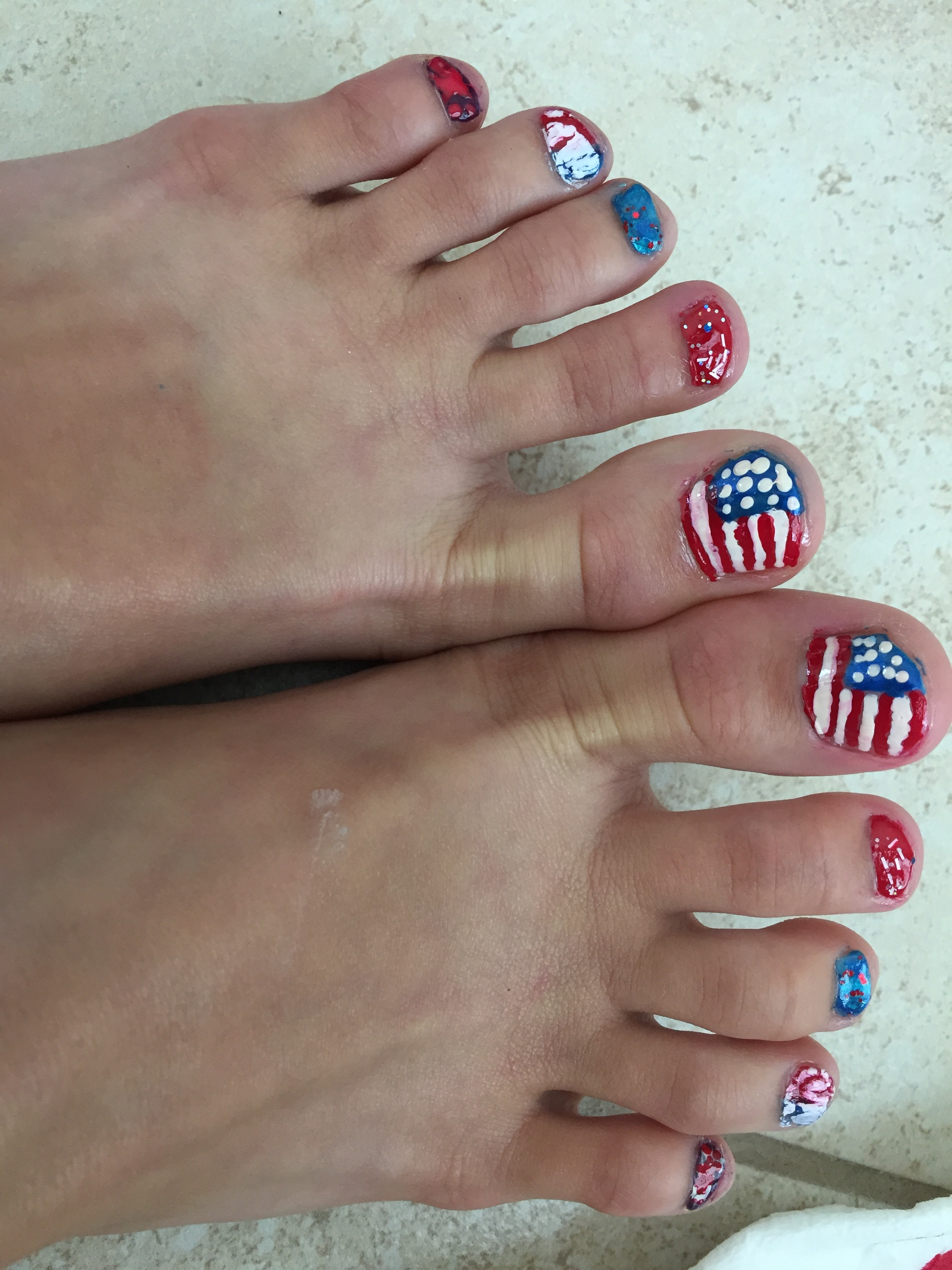 Picture of Toenail Art for Independence Day. Beginner Nail Art