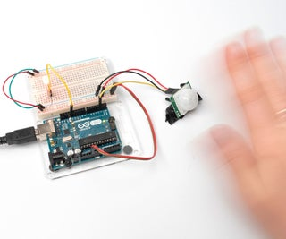 PIR Motion Sensor With Arduino in Tinkercad