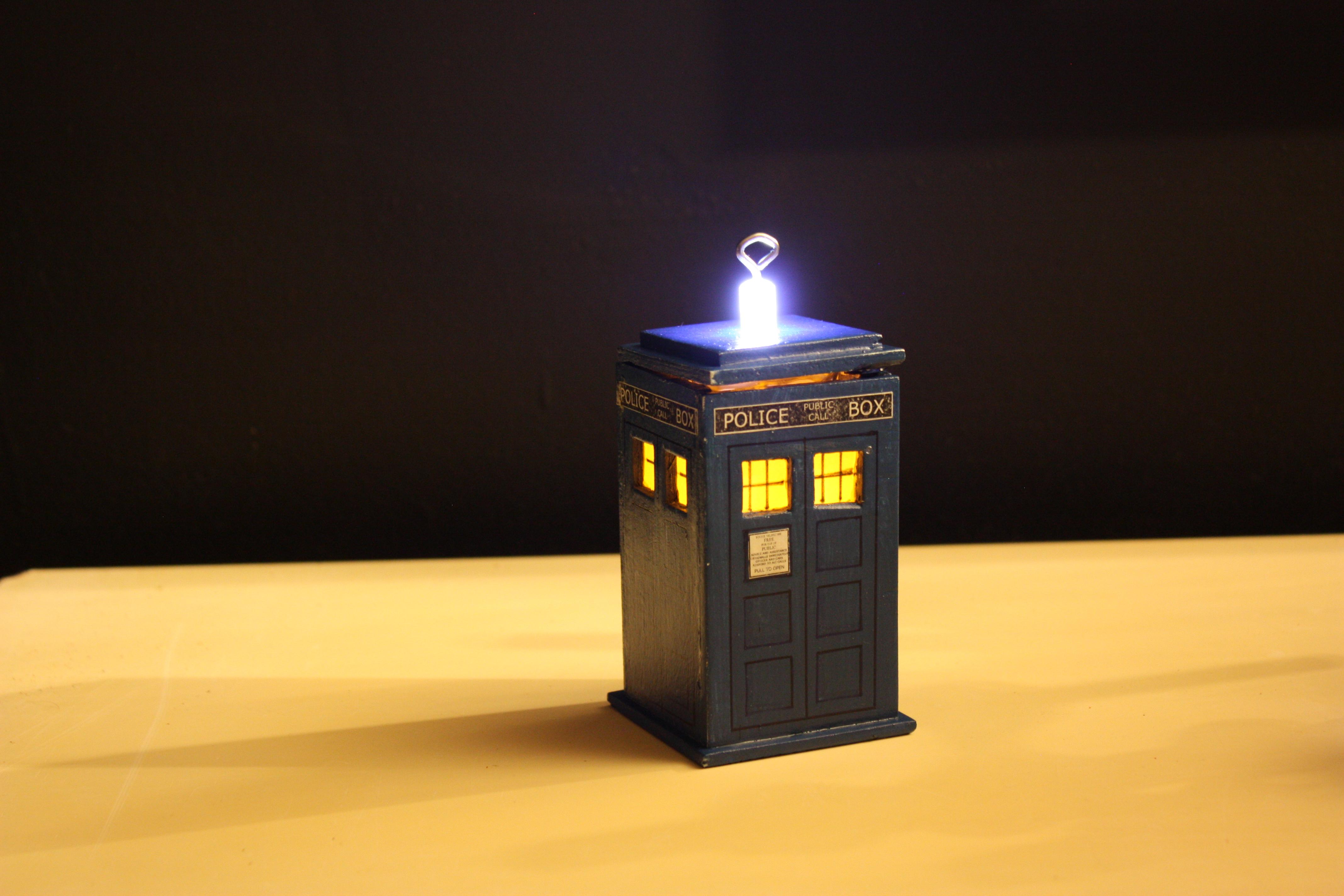 Picture of DIY TARDIS Ornament
