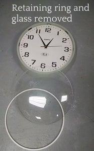 Gut Old Boring Clock.