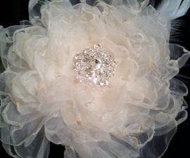 {SERENA} How to make a diy wedding fabric flower fascinator