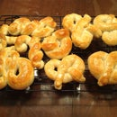 Hot Butter Pretzels
