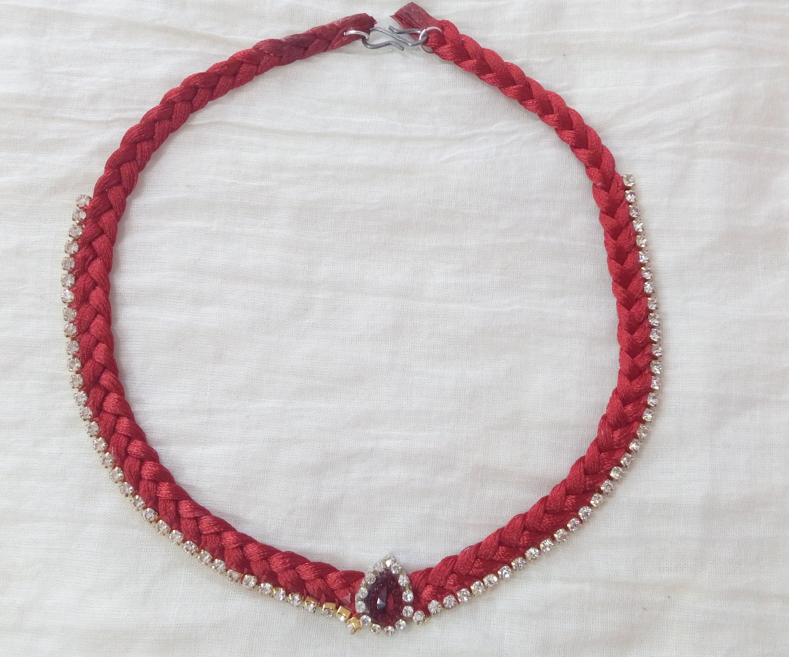 How To Make A Silk Thread Necklace 5 Steps With Pictures