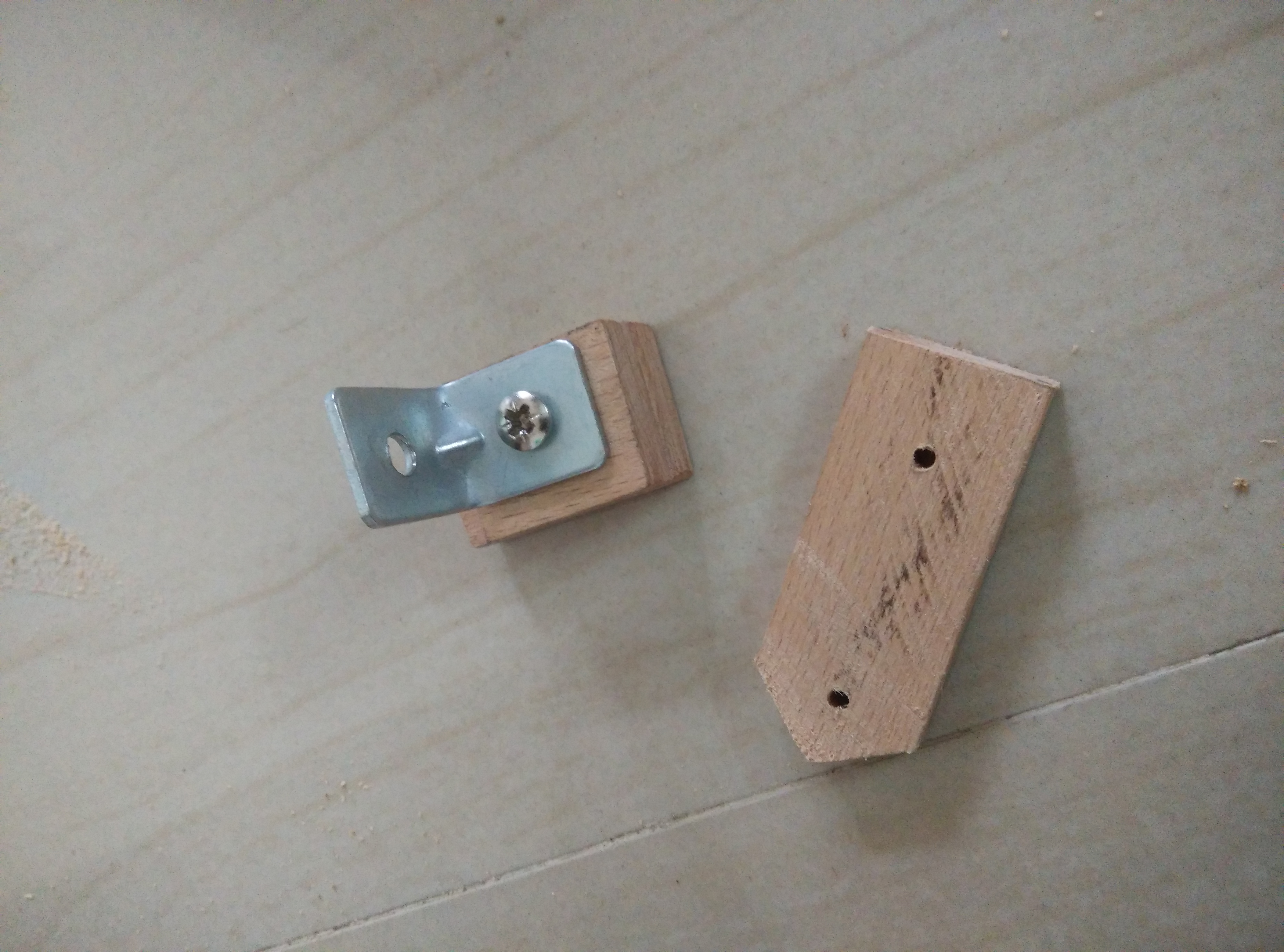 Picture of Build Bottle Cutter Jig: Cutting Arm