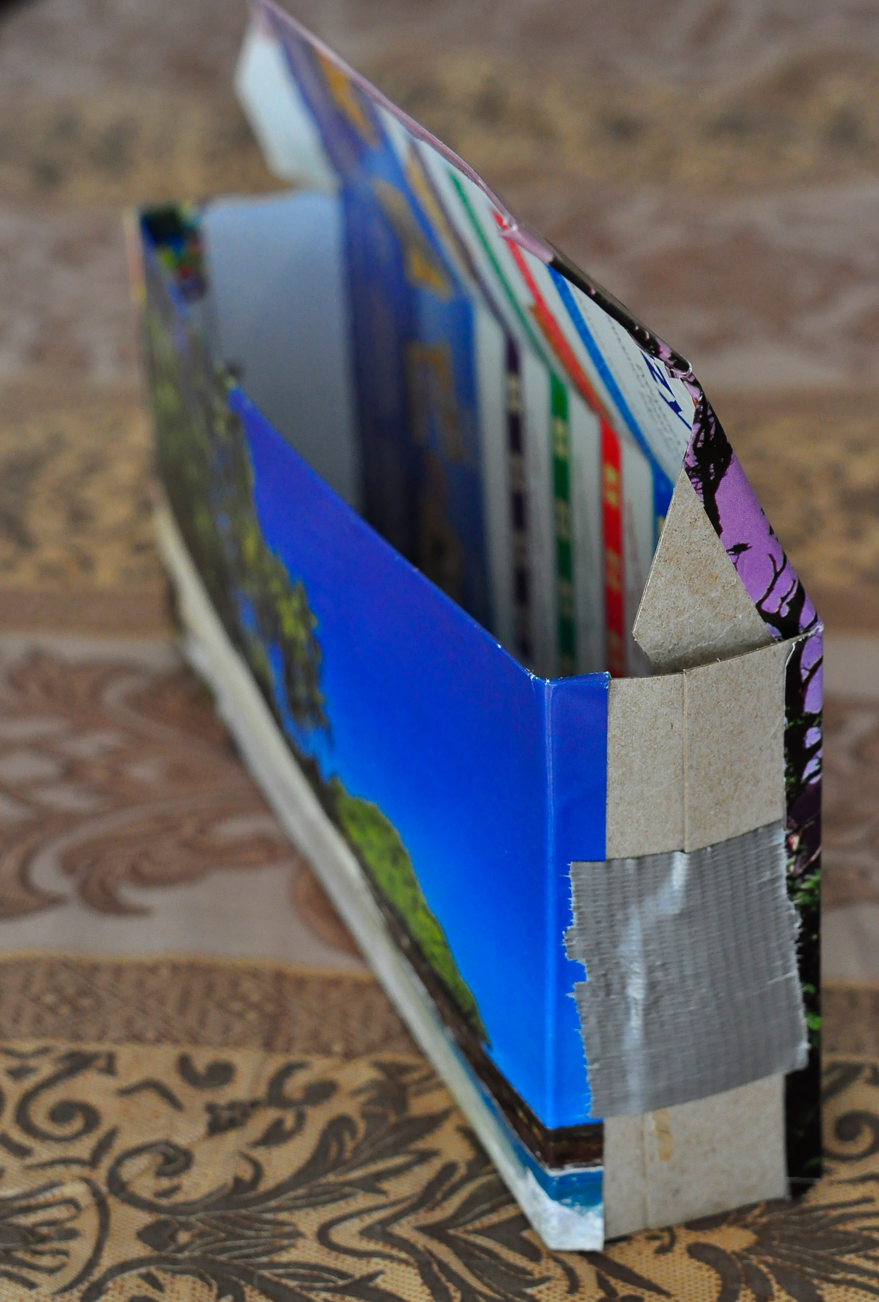Picture of Fold the Carboard Into a Box