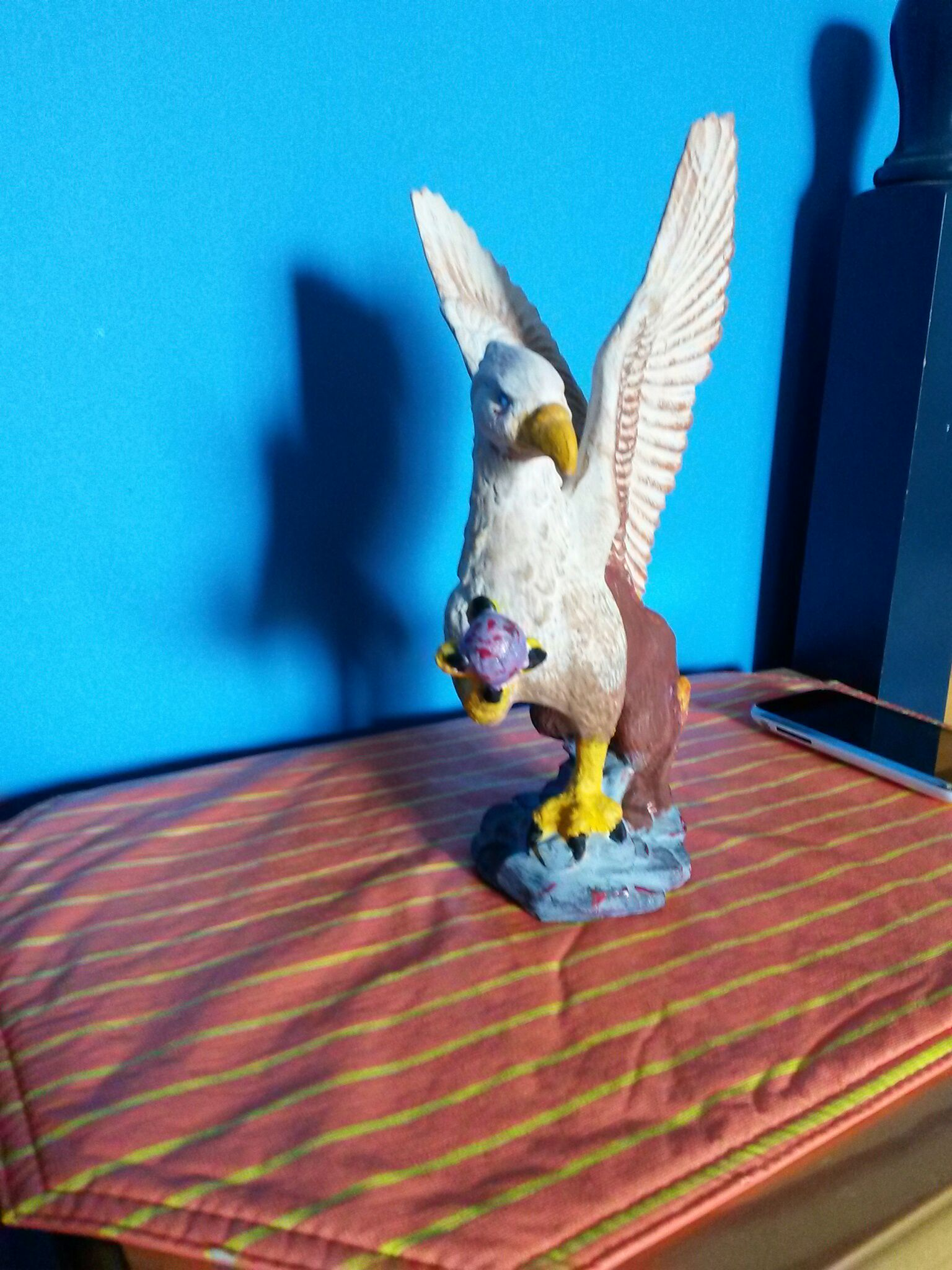 Picture of Paint a Griffin Statue
