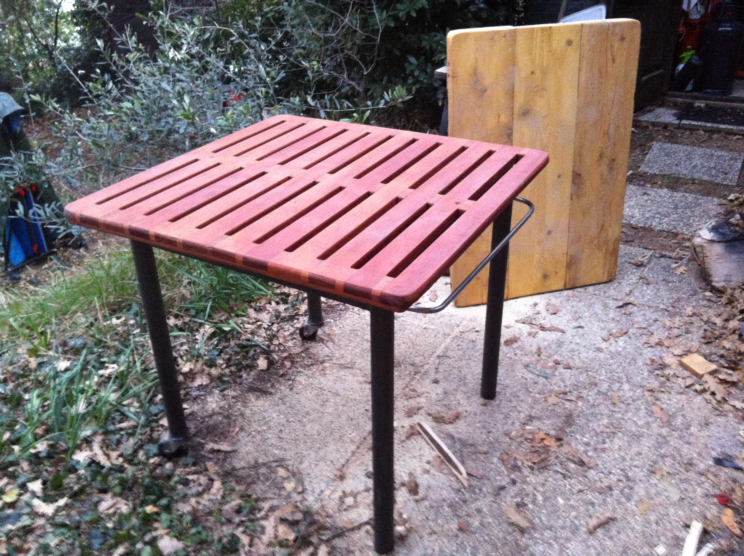 Picture of Work Bench / Pic Nic Table