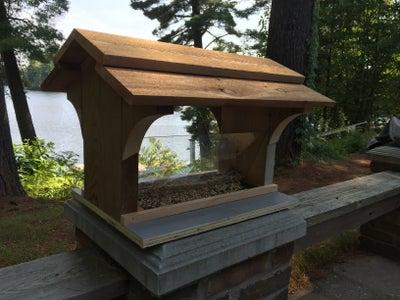 Cottage-ready Bird Feeder