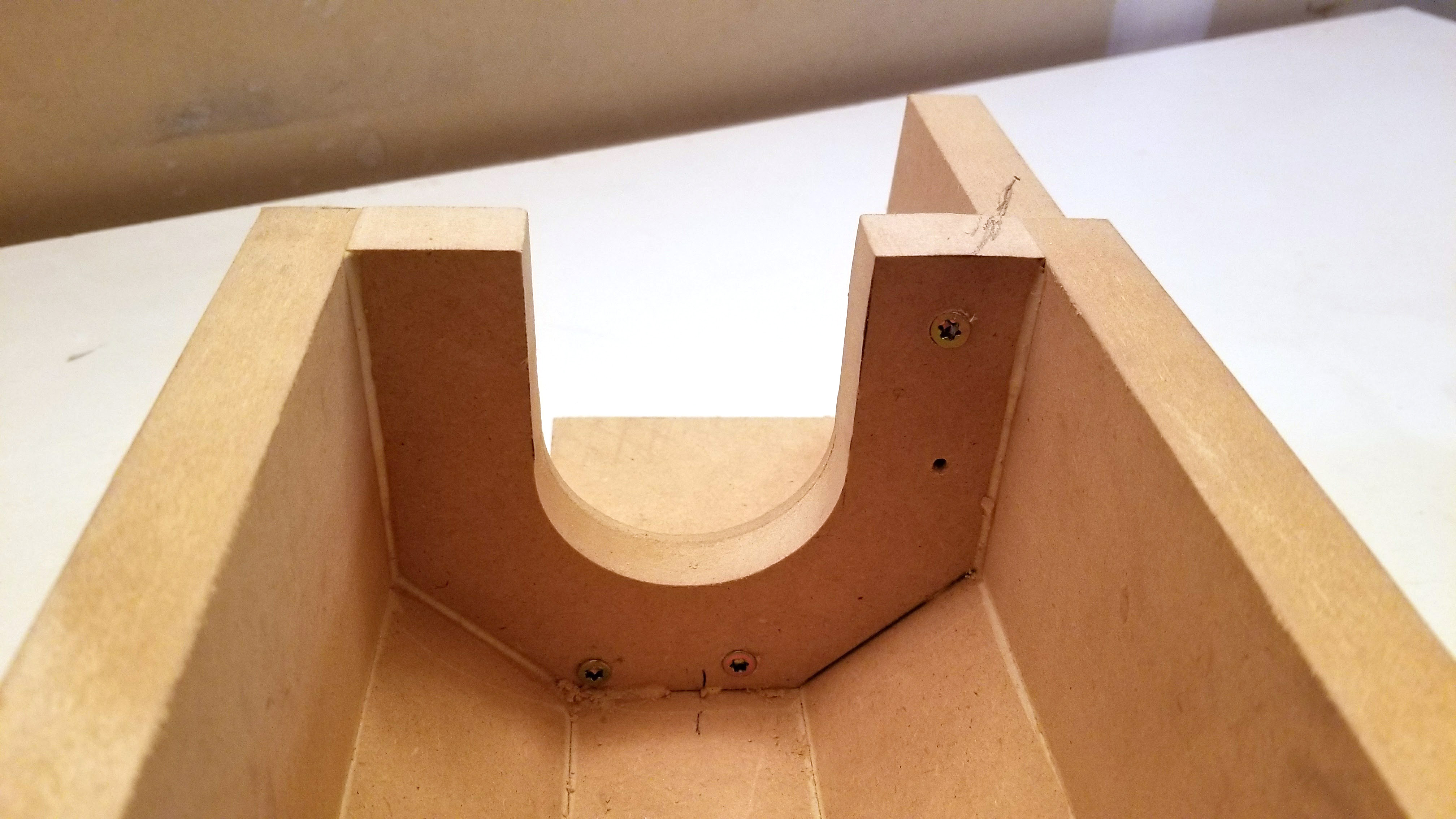 Picture of Headstock End Cap and Rest