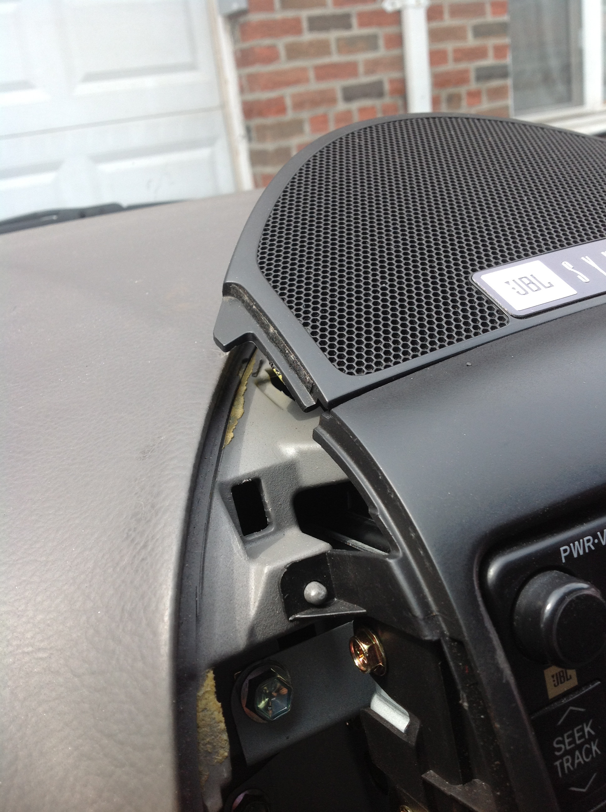 Picture of Remove Speaker Grill