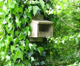 Simple Bird Nesting Box