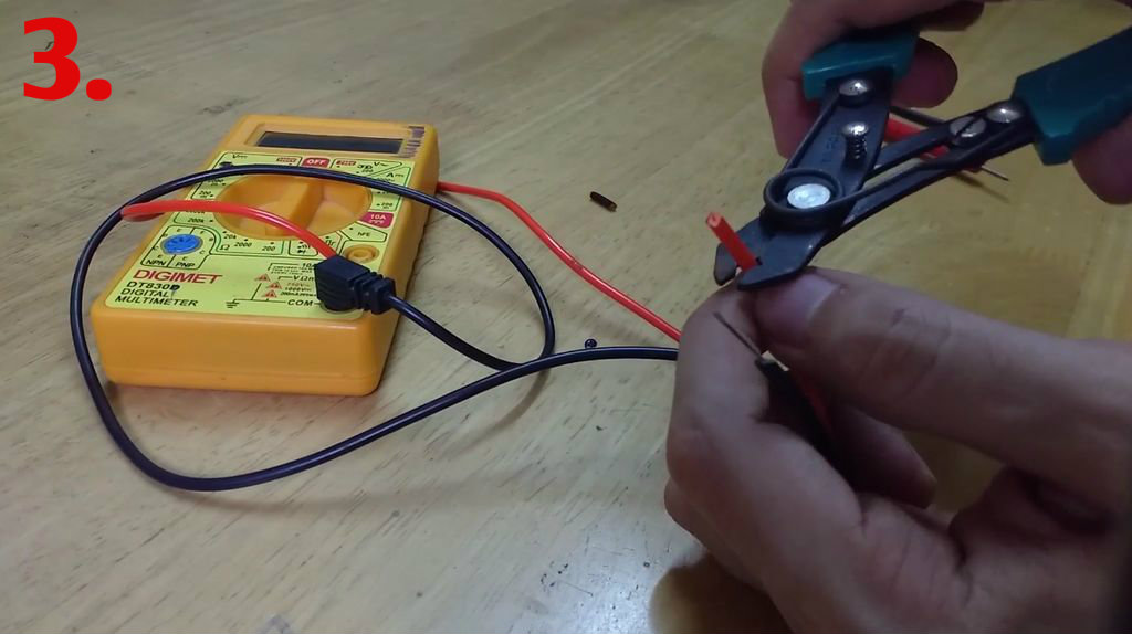 Picture of Prepare Multimeter Probes and IC Hook Test Clips