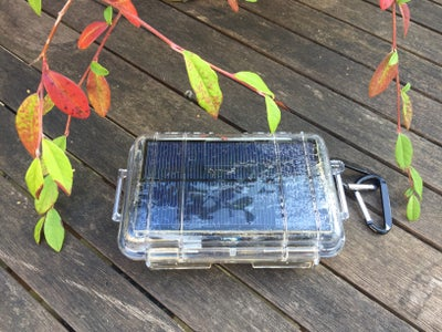 Arduino Controlled Solar Charger and Camping Light  /Arduino電路板控制的太陽能充電器和露營燈