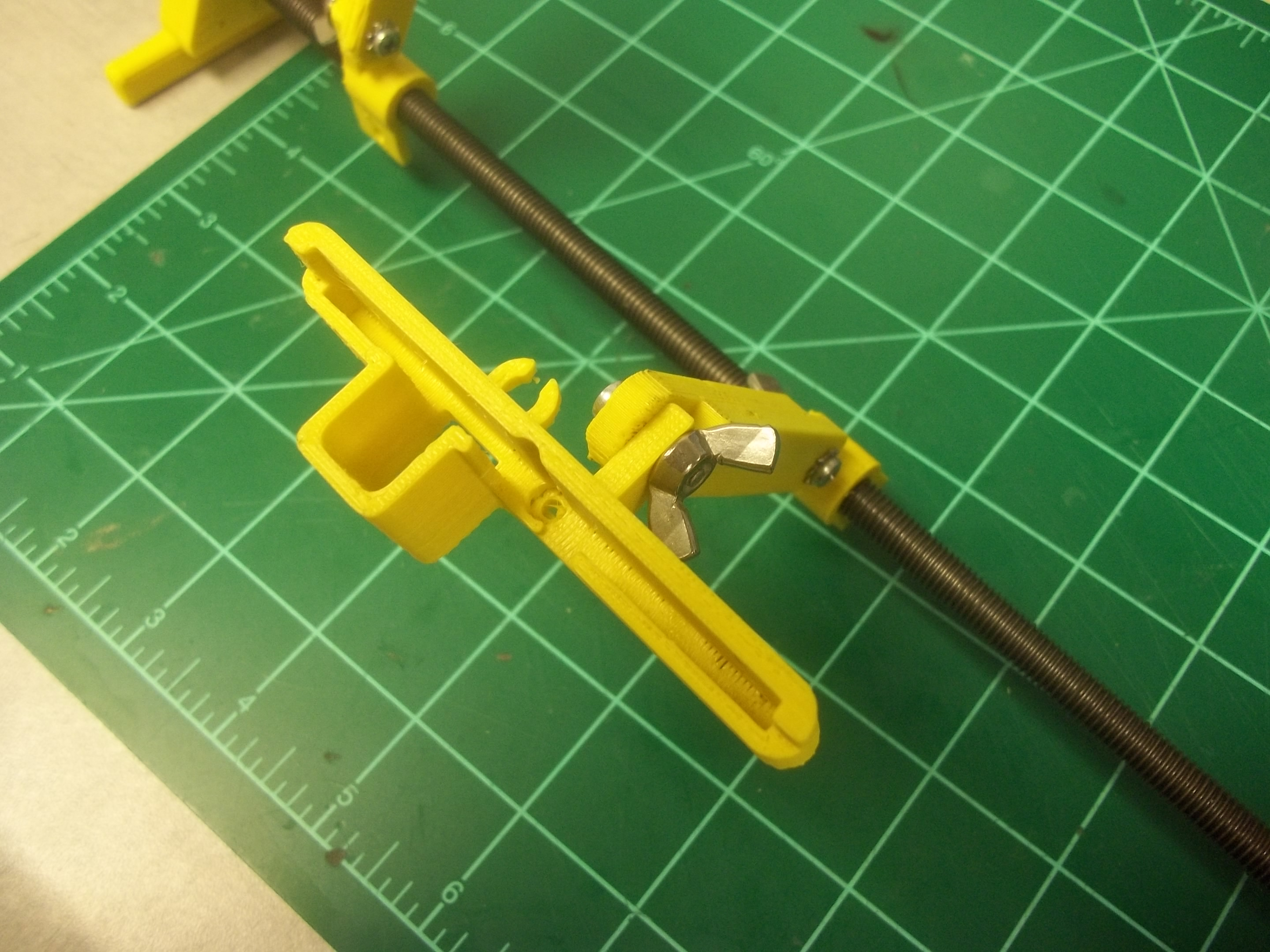 Picture of Attach the Main Board Mount to the Center Extension Arm