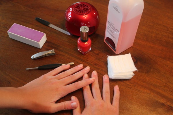 How to Make Your Nails Look Professionally Painted