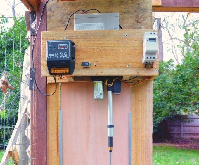 Simple Automatic Chicken Coop Door