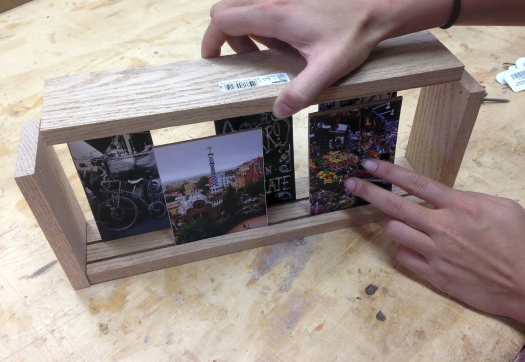Picture of Place Your Photos Inside the Frame