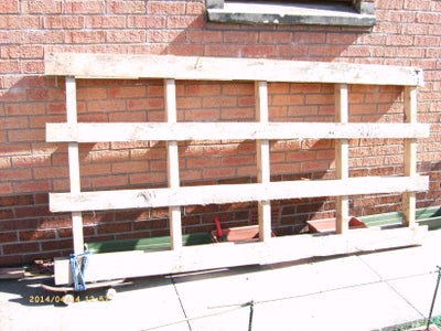 Pallet to Potting Bench