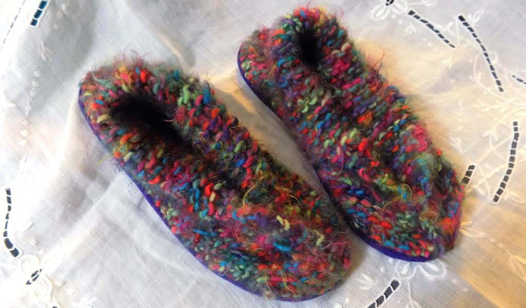 Picture of Easy Cozy Slippers