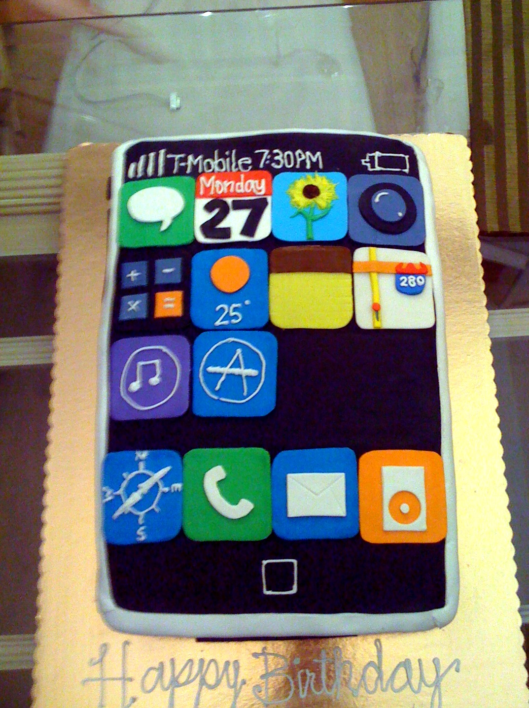 Picture of Hacked IPhone Birthday Cake