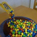 Anti gravity cake with M&M's