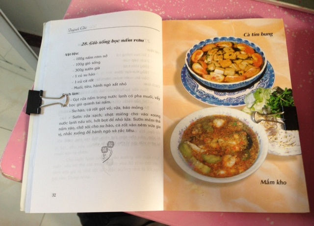 Picture of Hold Your Recipes While Cooking