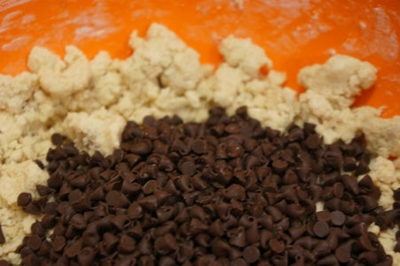 Combine Ingredients for the Nest Cookie