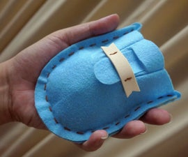 Make a Pouch for Your Wireless Mouse