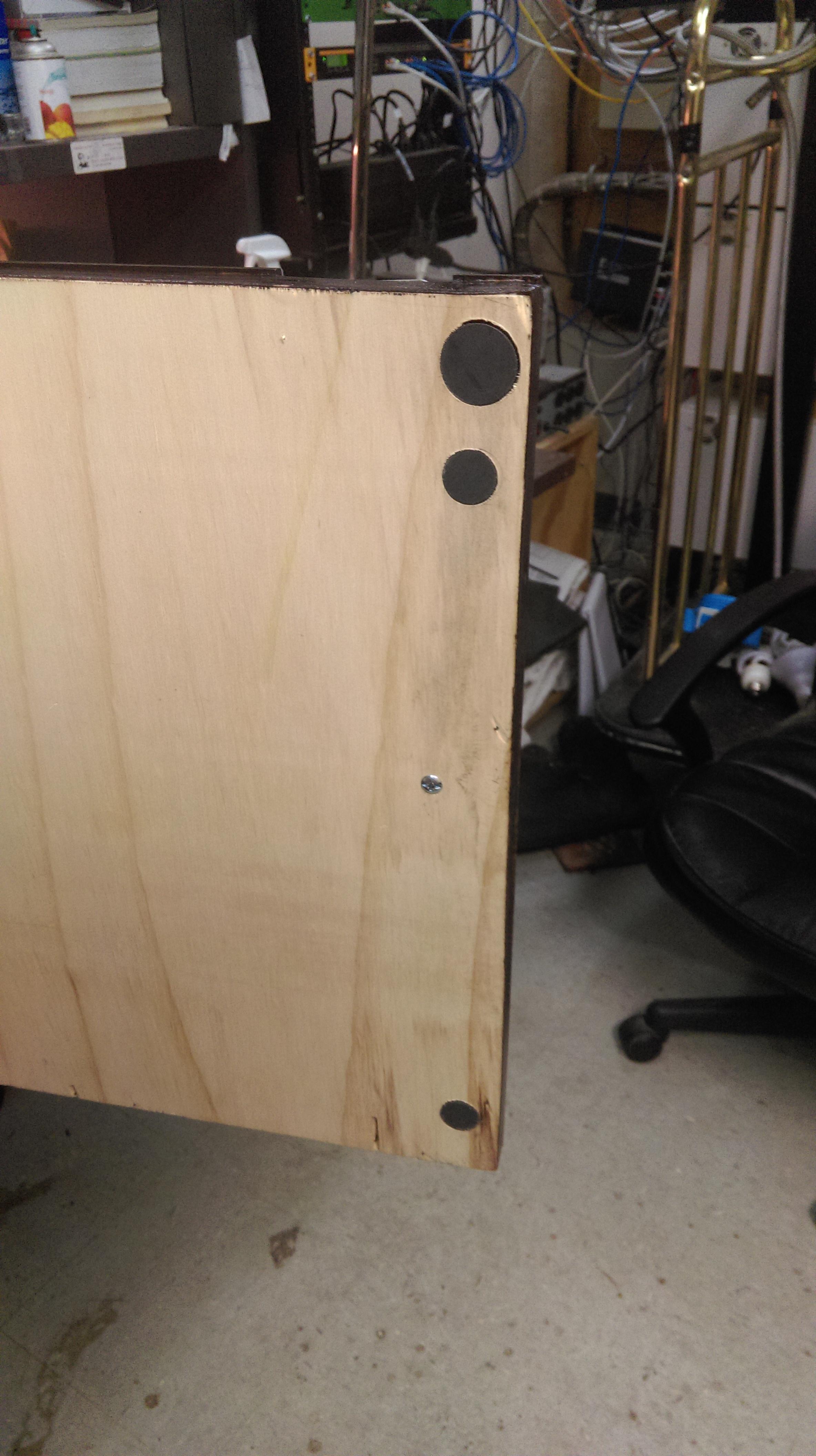 Picture of Top Right Door Magnet