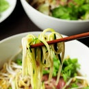 How to Make Pho With Zucchini Noodles