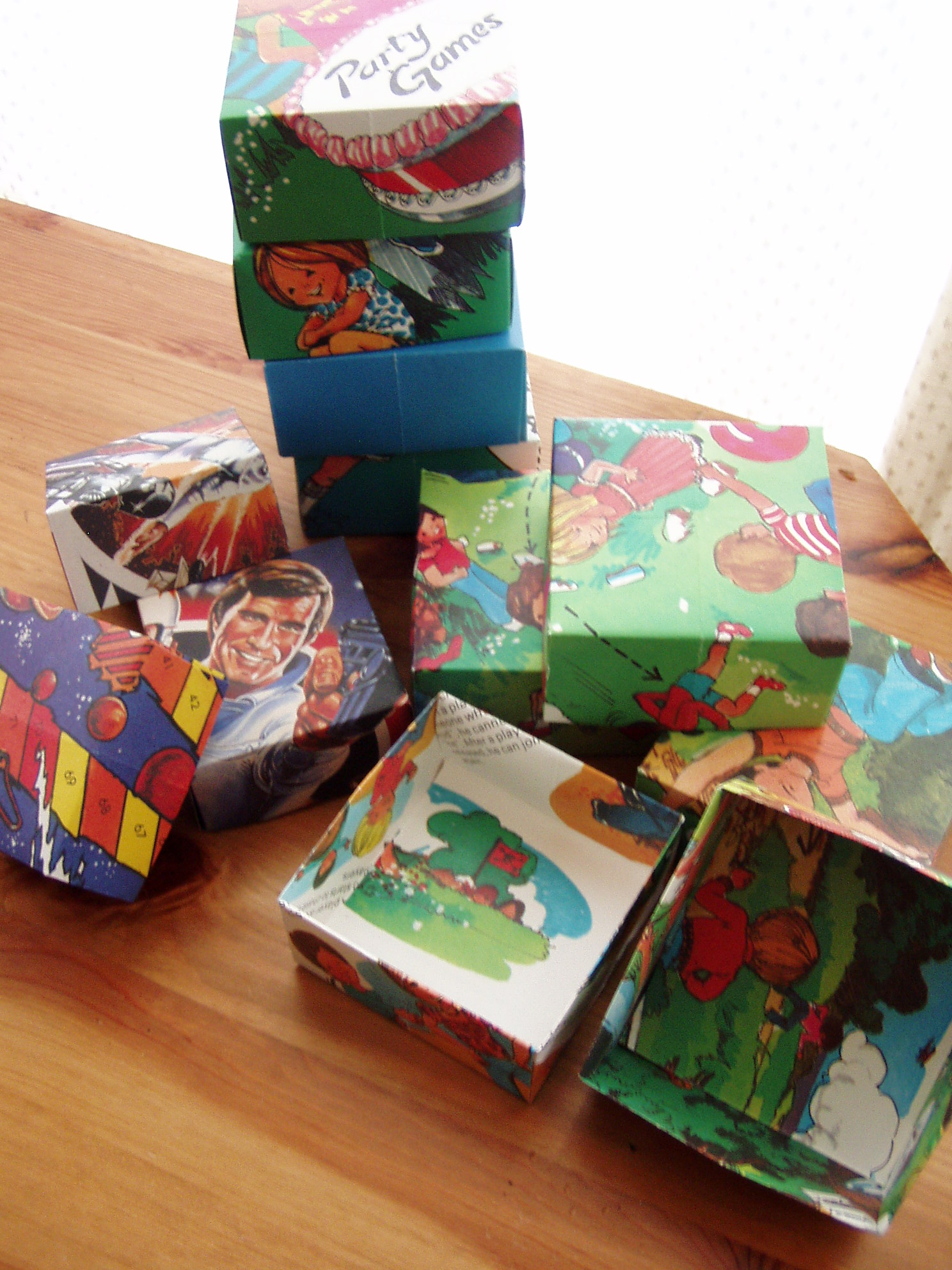 Picture of How to Make a Recycled Gift Box:
